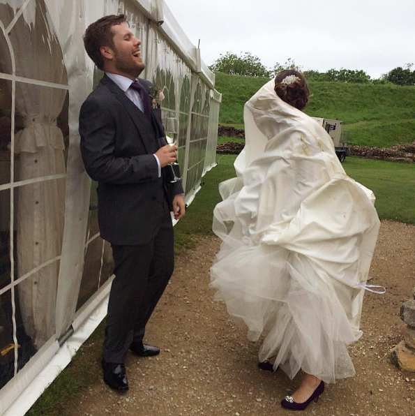 12 Times Brides Had Wardrobe Malfunctions on Their Wedding Day - Woman's World