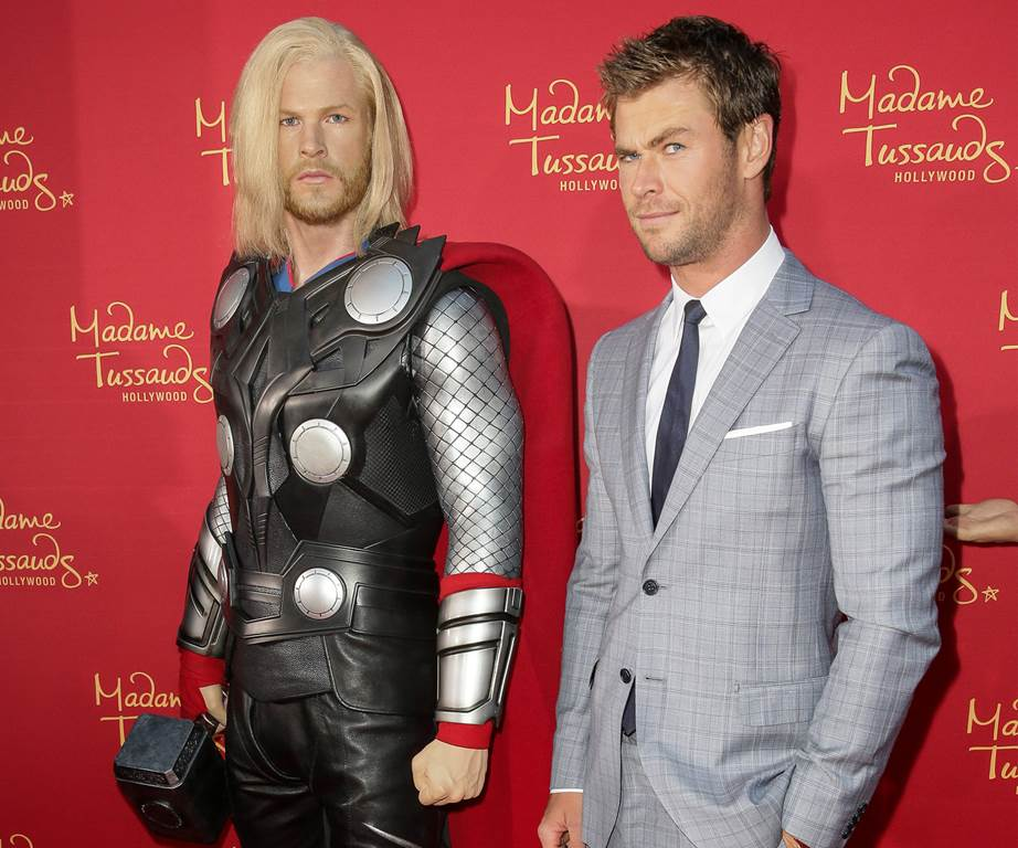 chris hemsworth wax