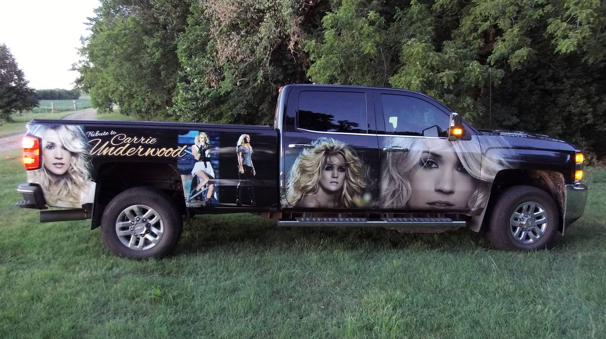 carrie underwood truck