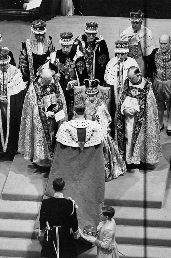 liz coronation