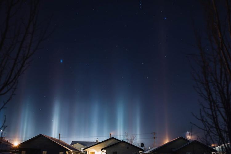 optical illusion lights