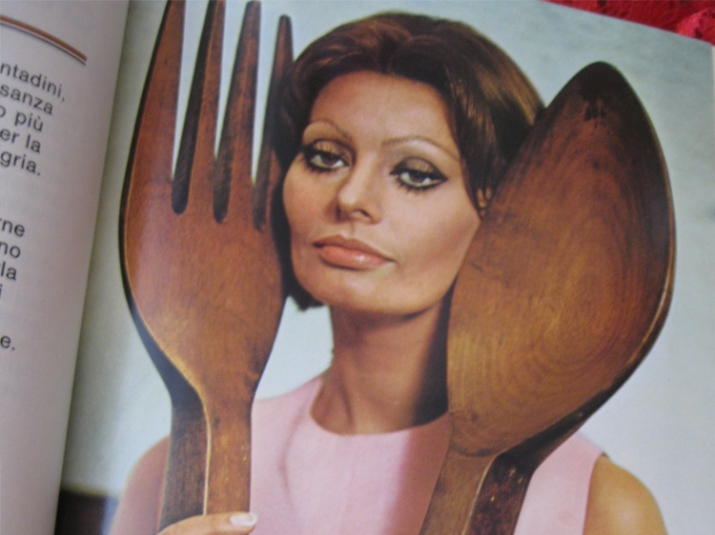 We Nearly Forgot Sophia Loren Wrote Cookbooks But They Re Still Around Today Woman S World