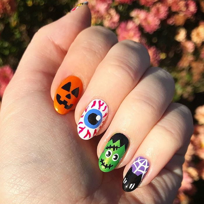Halloween Nails Designs That Are Spookily Stylish