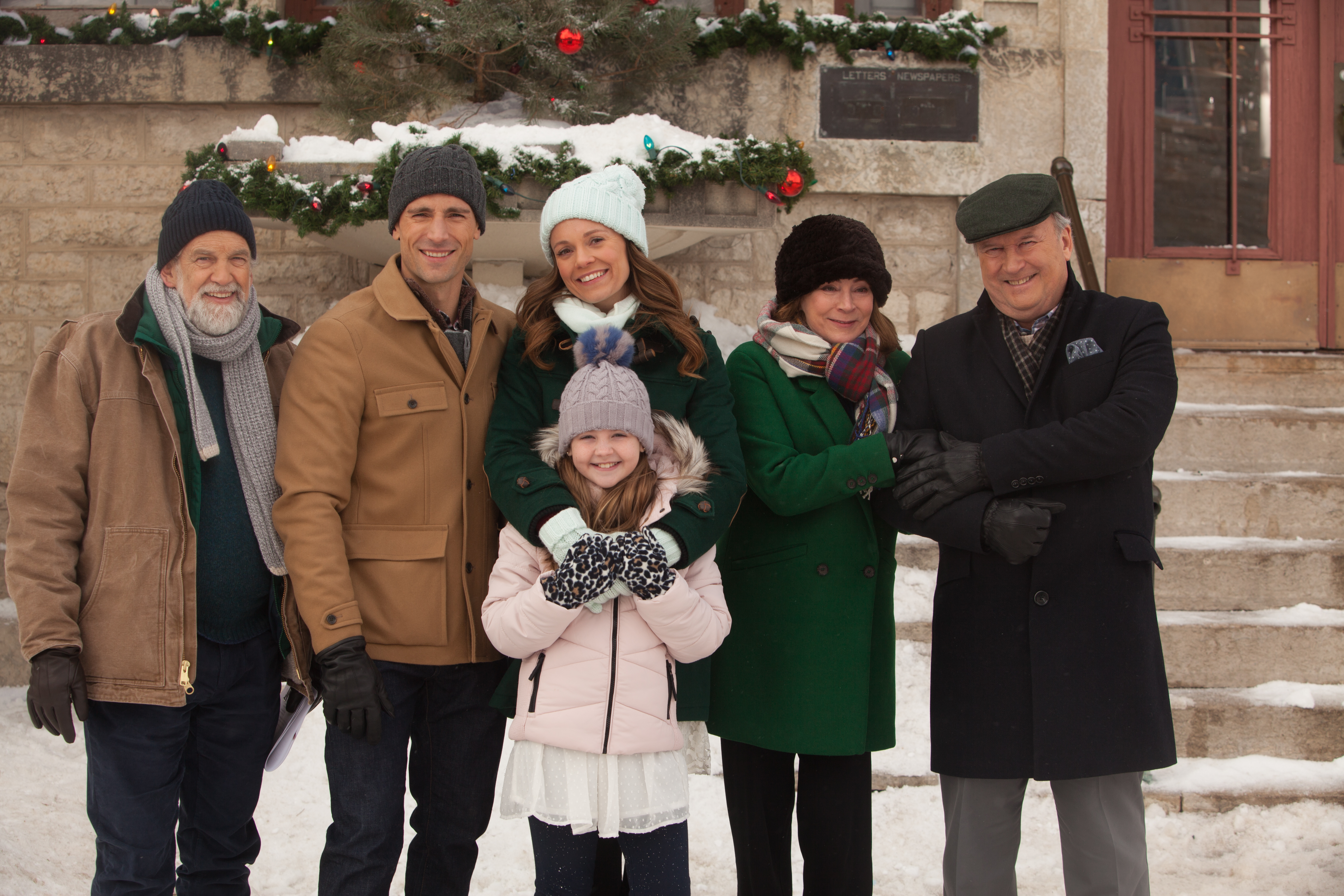 Cast of 'A Tennessee Christmas'