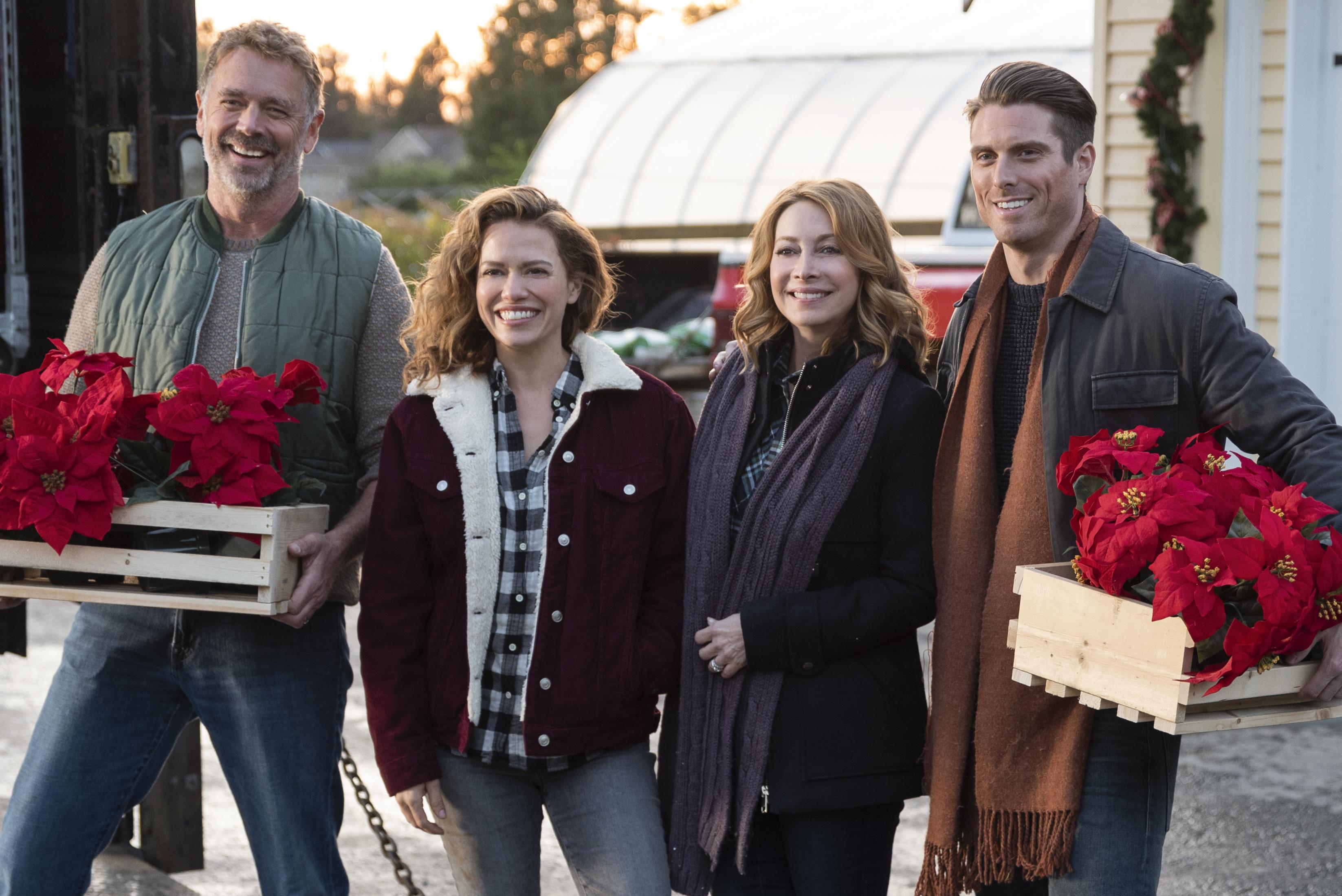 Cast of 'Poinsettias for Christmas'