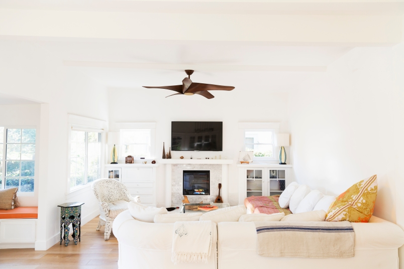 Does Reversing The Ceiling Fan Help In