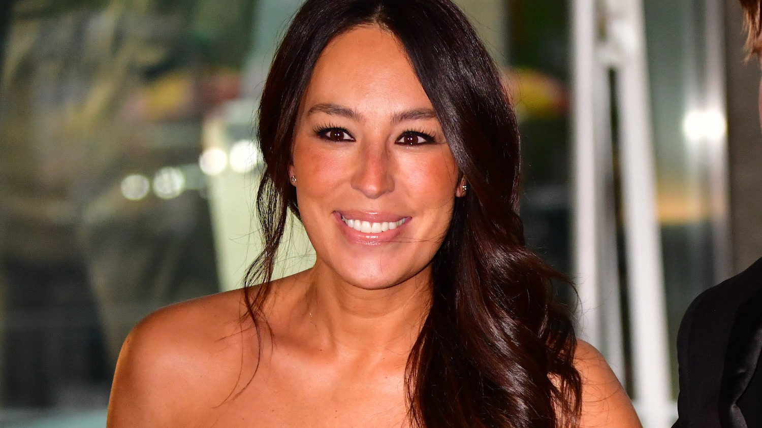 Joanna Gaines Makeup 10 Products She Swears By