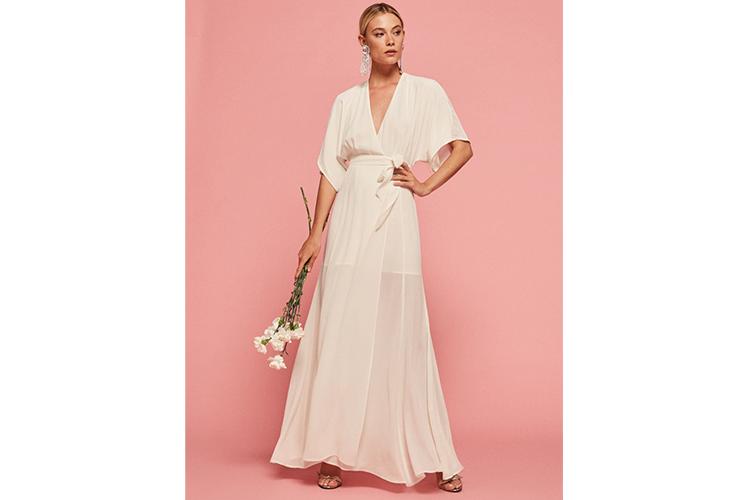 16 Best Wedding Dresses For Women Over 50 And Older Brides