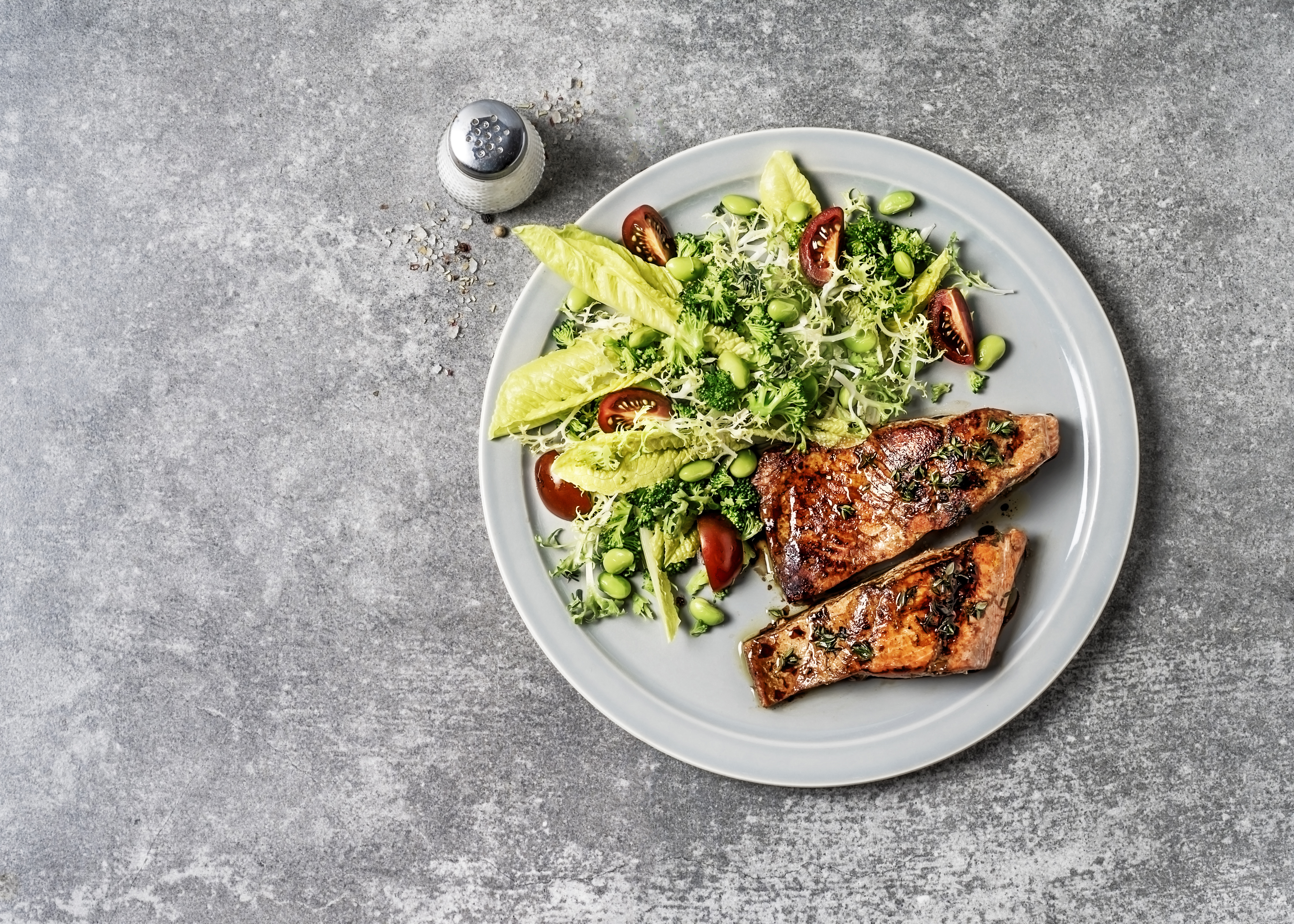 Lose 28 Pounds a Month With This Paleo Thyroid Cure