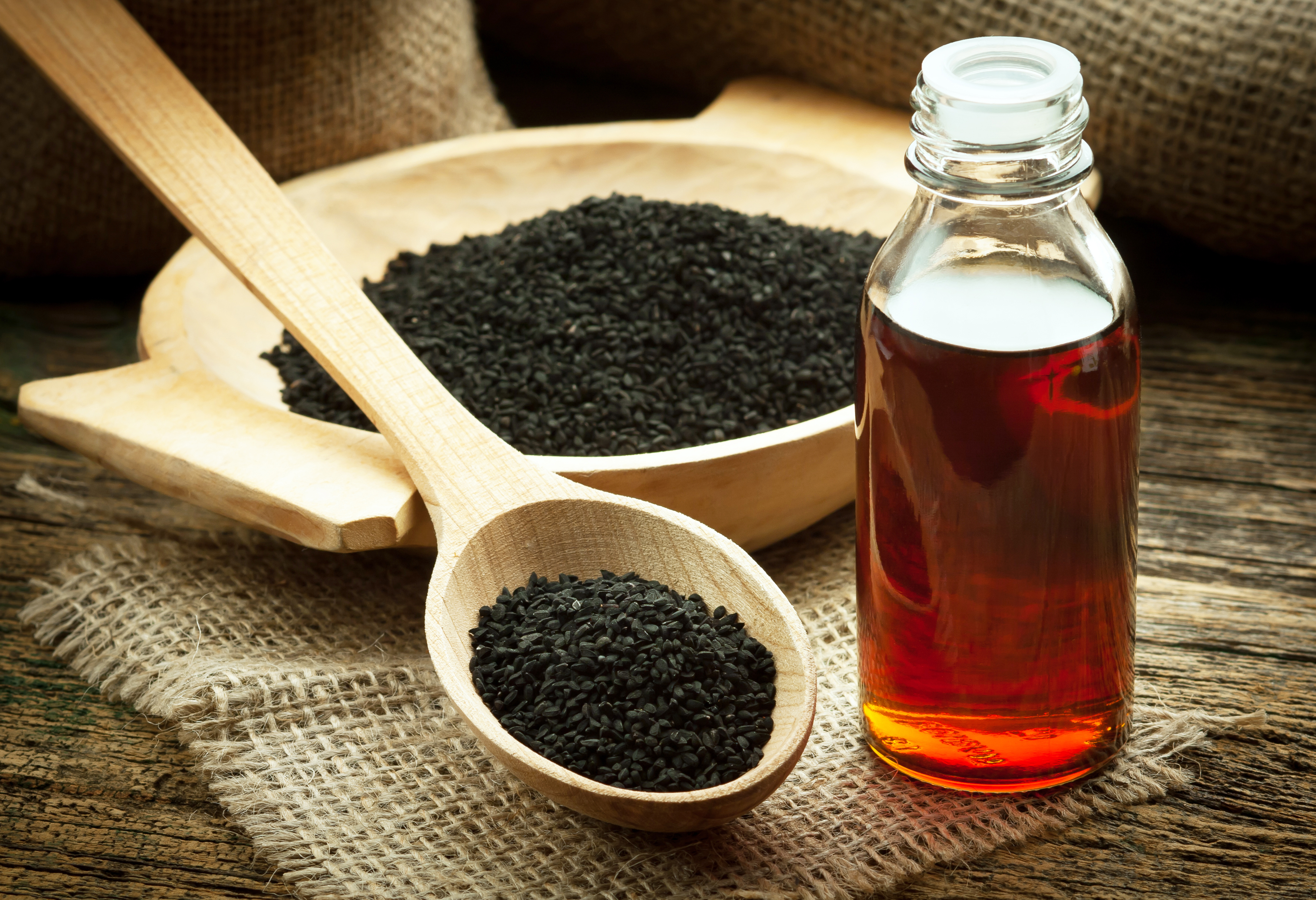 Black Cumin Oil Benefits for Weight Loss — Everything You Need to Know