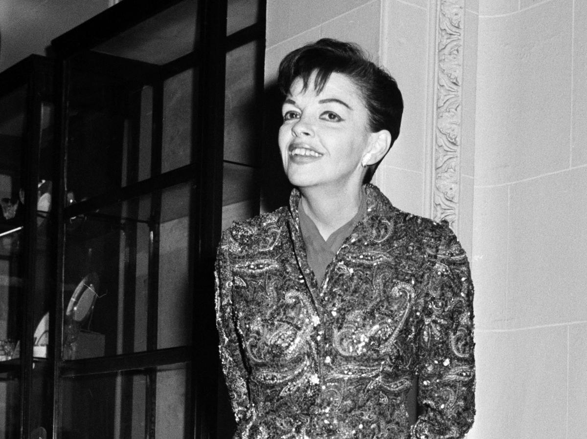 Judy Garland S Former Beau Shares Details Of Their Romance