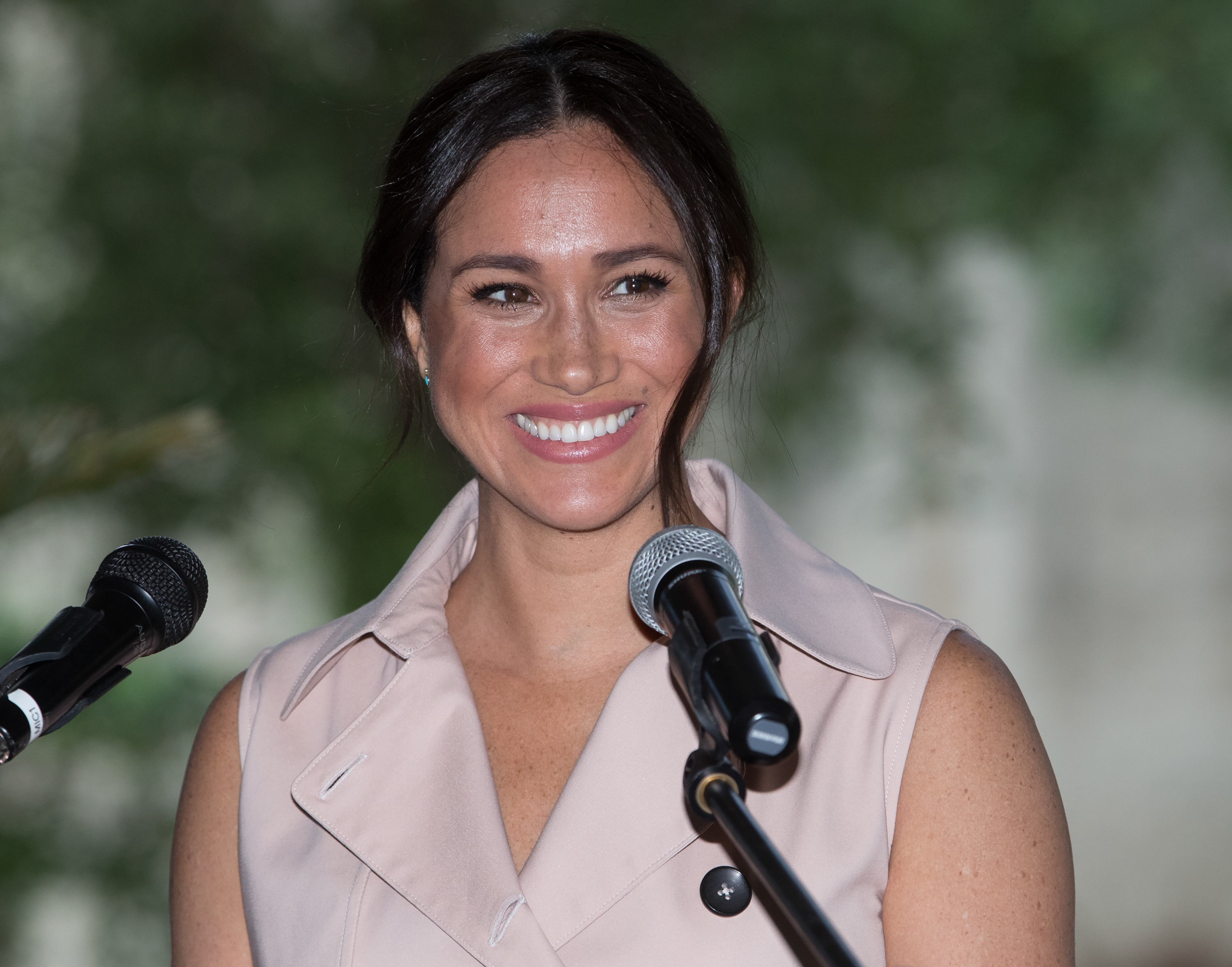 Meghan Markle Surprised a Women's Center in Vancouver - Woman's World