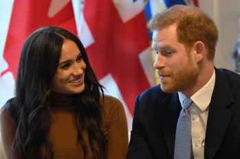 prince harry and meghan markle talking to reporters