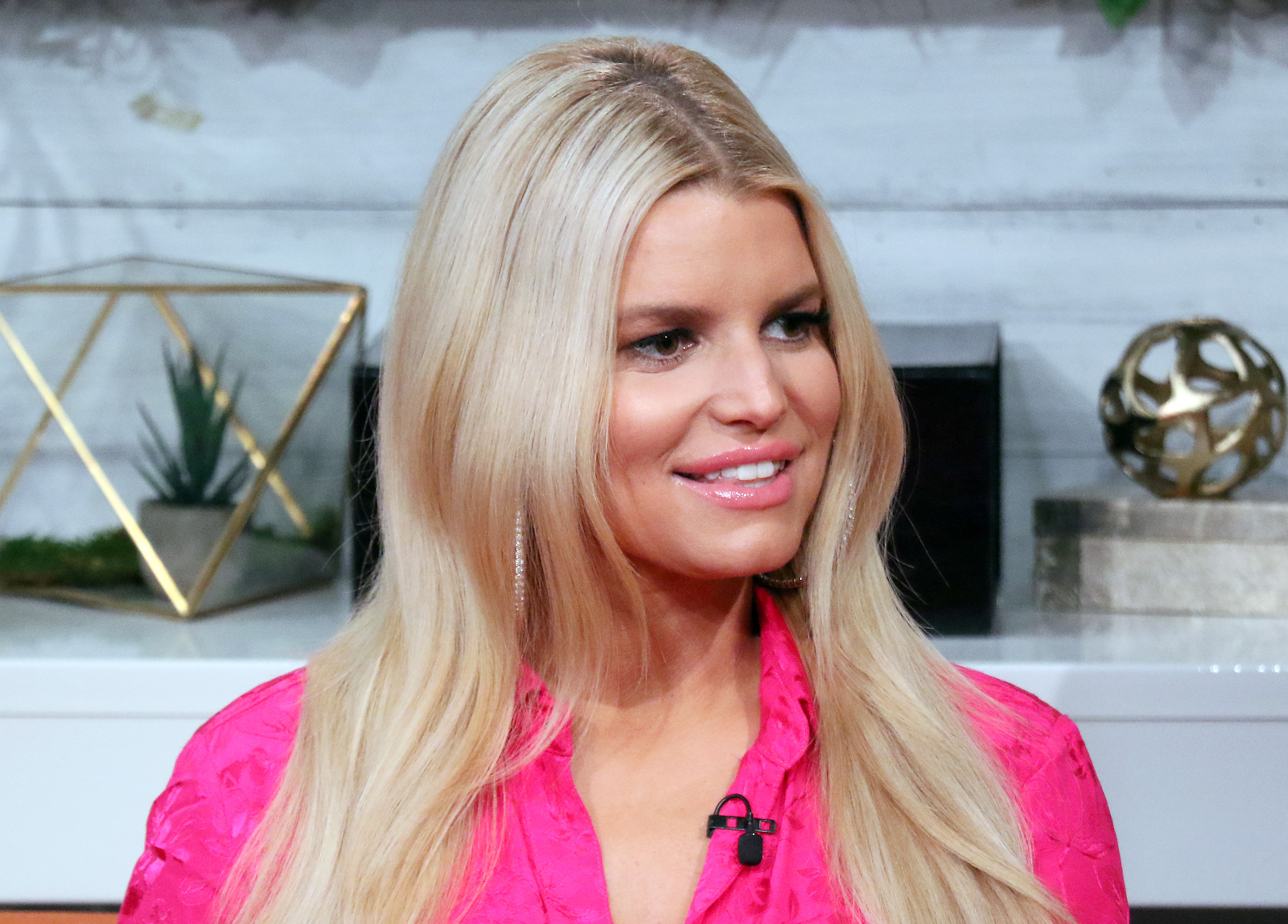 Jessica Simpson Says Being Sober Has Made Her a Better Mom - Woman's World