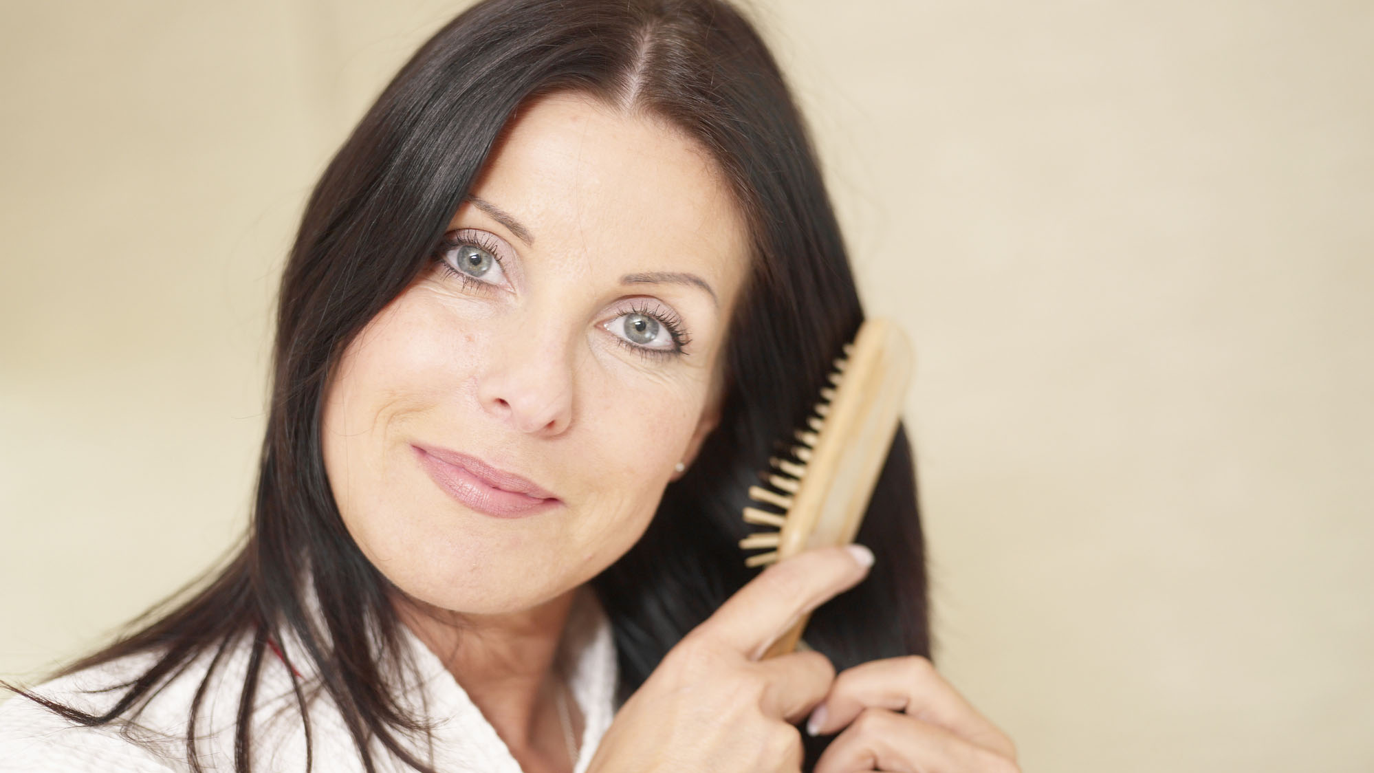 5 Natural Solutions for Regrowing Thinning Hair