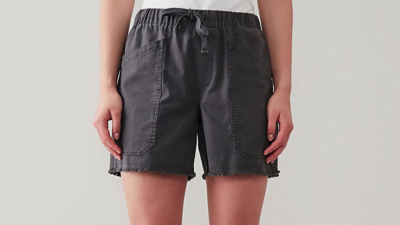gray shorts with pockets