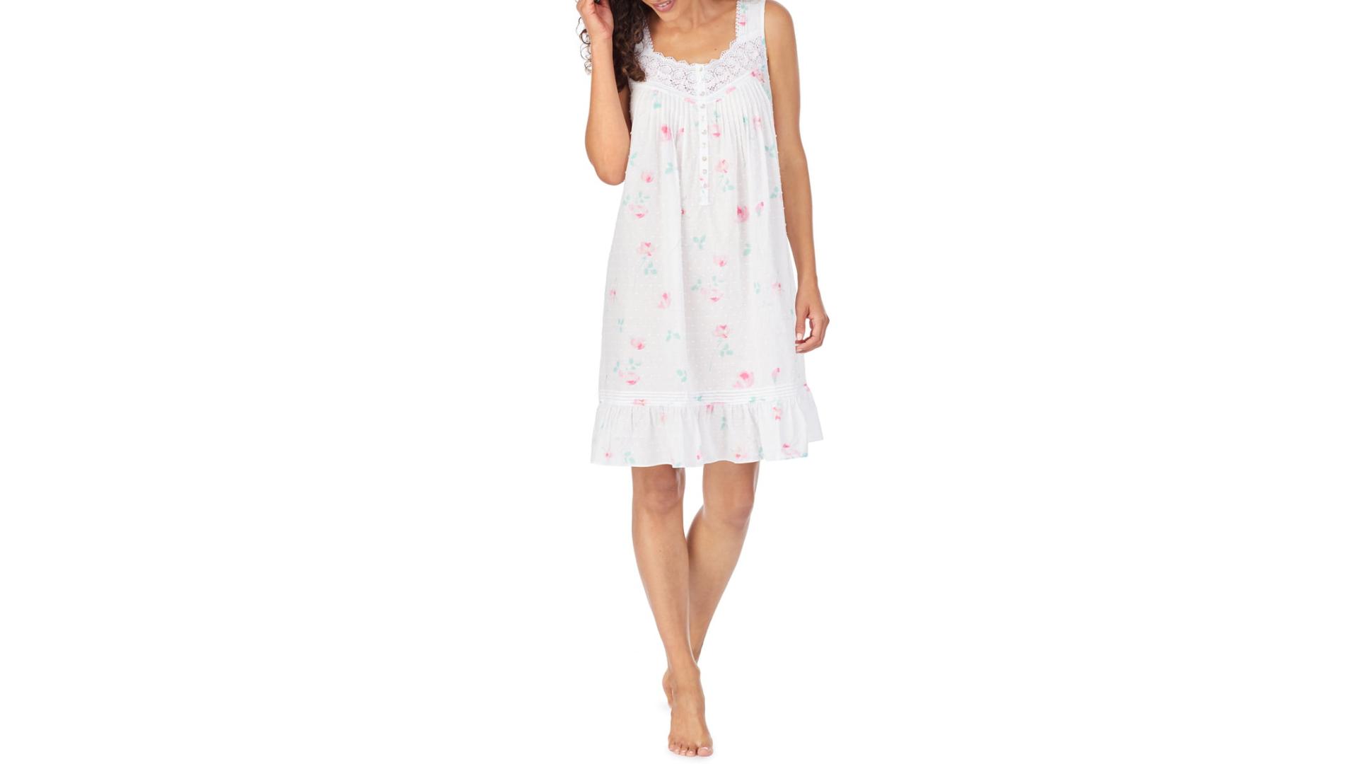 Eileen West short cotton nightgown