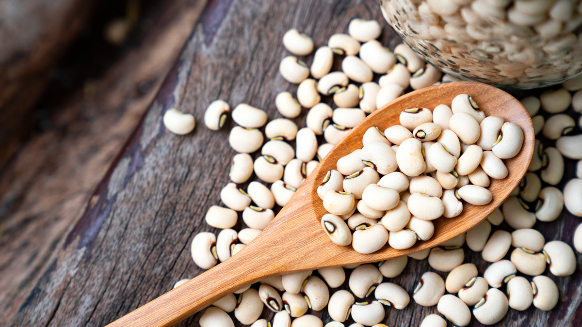 Snacking on This Legume Can Help Get Rid of Wrinkles and Saggy Skin