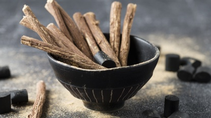 Bowl of licorice root