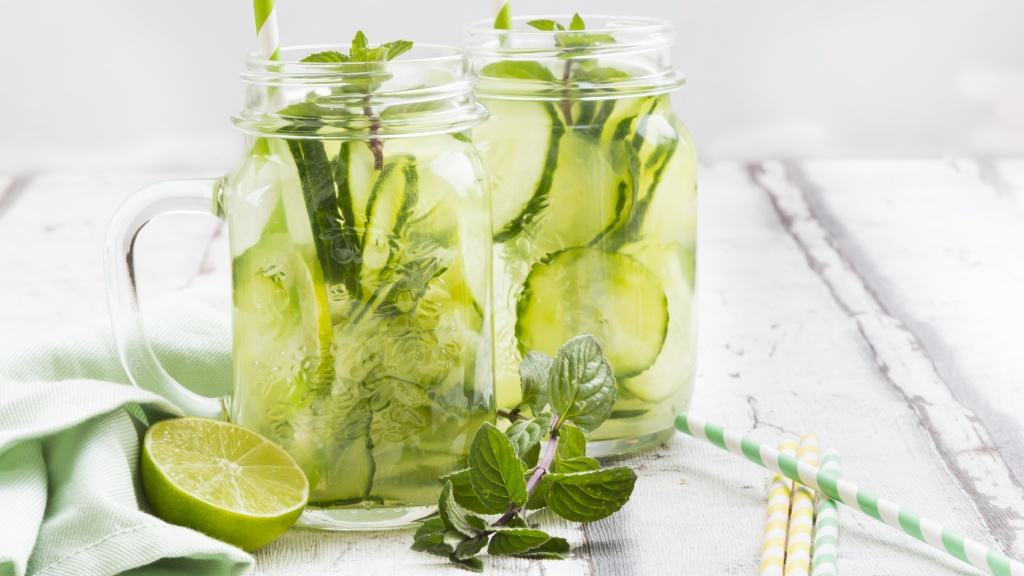Drink This Refreshing Beverage for Younger-Looking Skin, Better Digestion, and More Energy