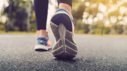 Woman's shoes walking