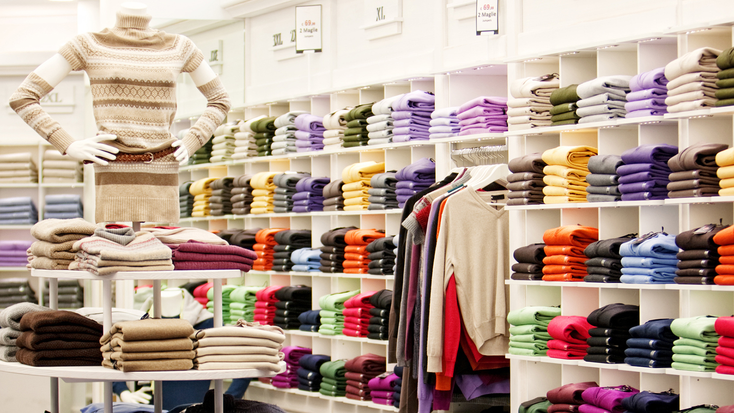 16 Best Clothing Stores for Women Over 50
