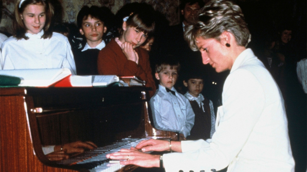 Princess Diana Playing the-Piano at a Childrens Hospital