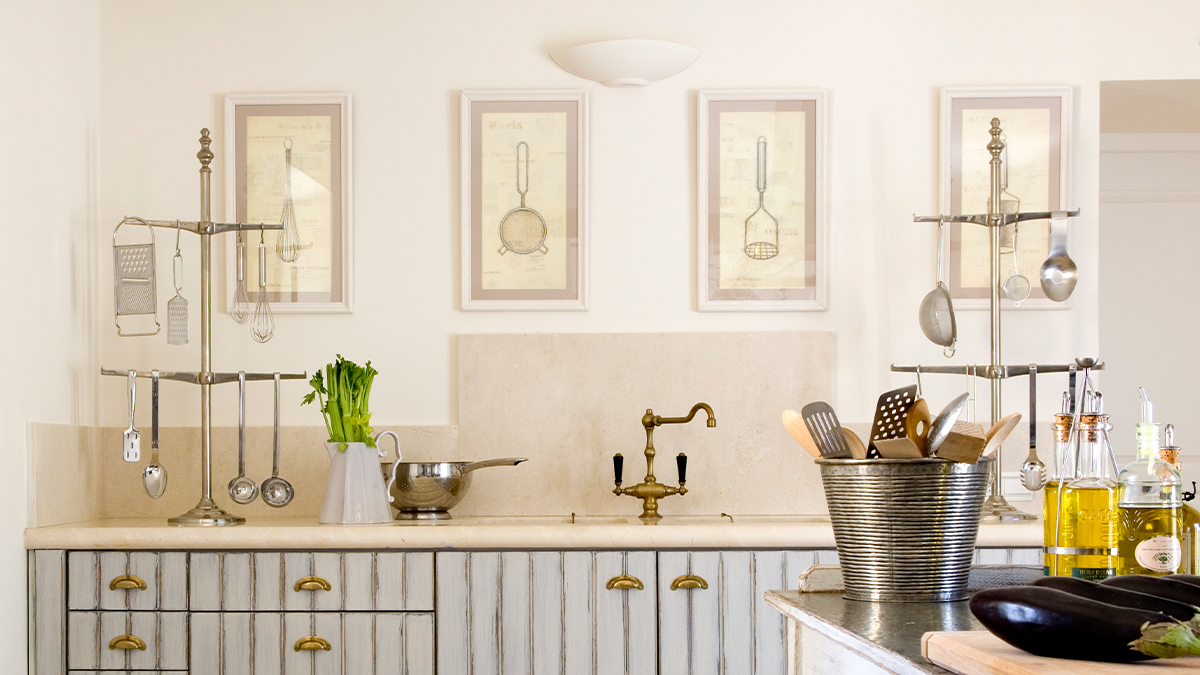 Wall Art Ideas To Spice Up Your Kitchen Woman S World