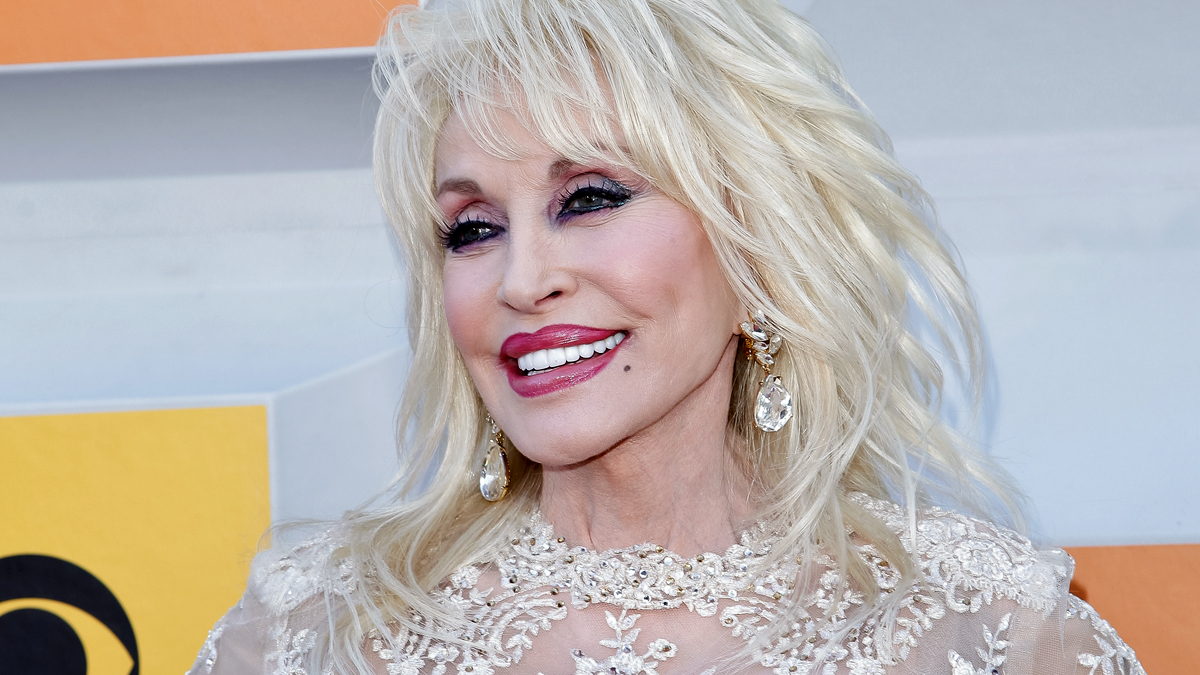 The One Beauty Tip from Dolly Parton That No One Should Follow