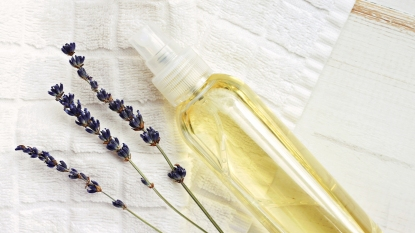 DIY lavendar sleep spray