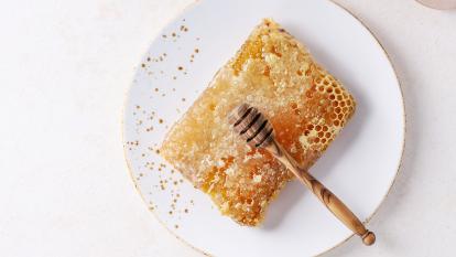 bee honey beauty