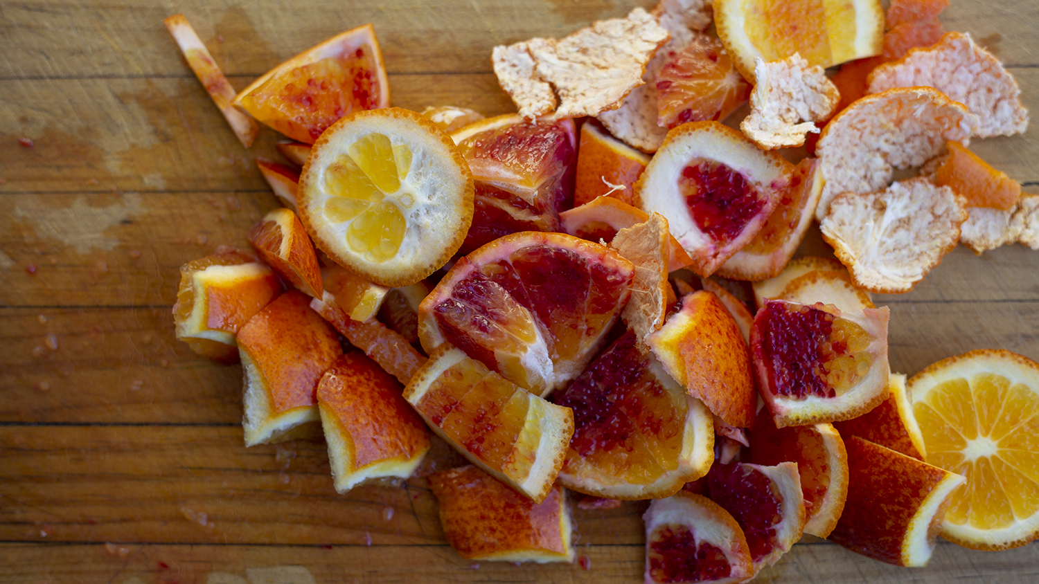 5 Ways to Spring Clean Your Home With Fruit and Vegetable Scraps