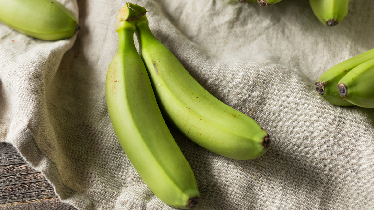 Eating Bananas Before They rsquo re Ripe Comes With Surprising Benefits for Your Blood Sugar and Gut Health