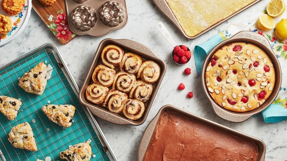 Walmart Pioneer Woman Bakeware