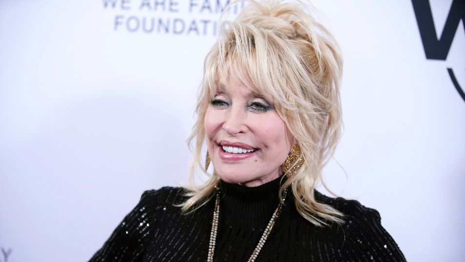 dolly-parton-real-jewelry