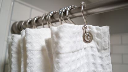 moldy-shower-curtain-bath-mat