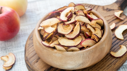Dried apples (heartburn mag image)