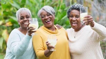 Women drinking lemonade