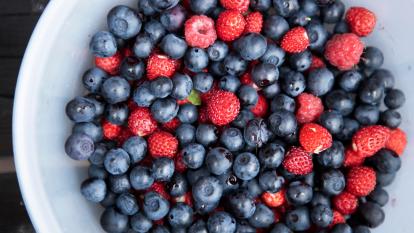 berries-arthritis-pain