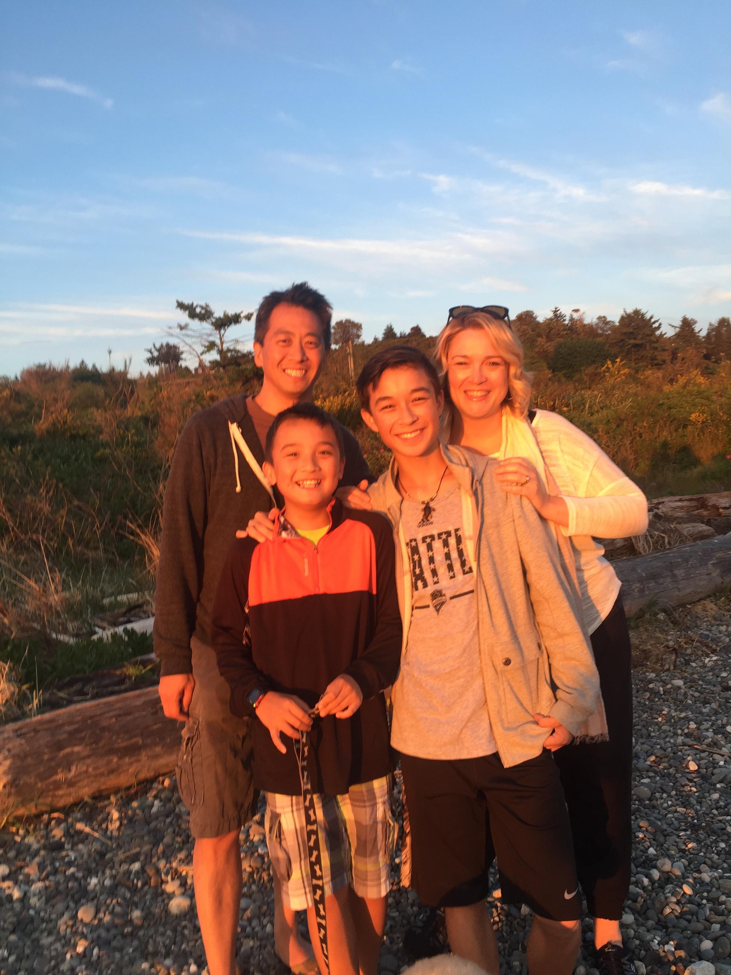 Sara Yao family