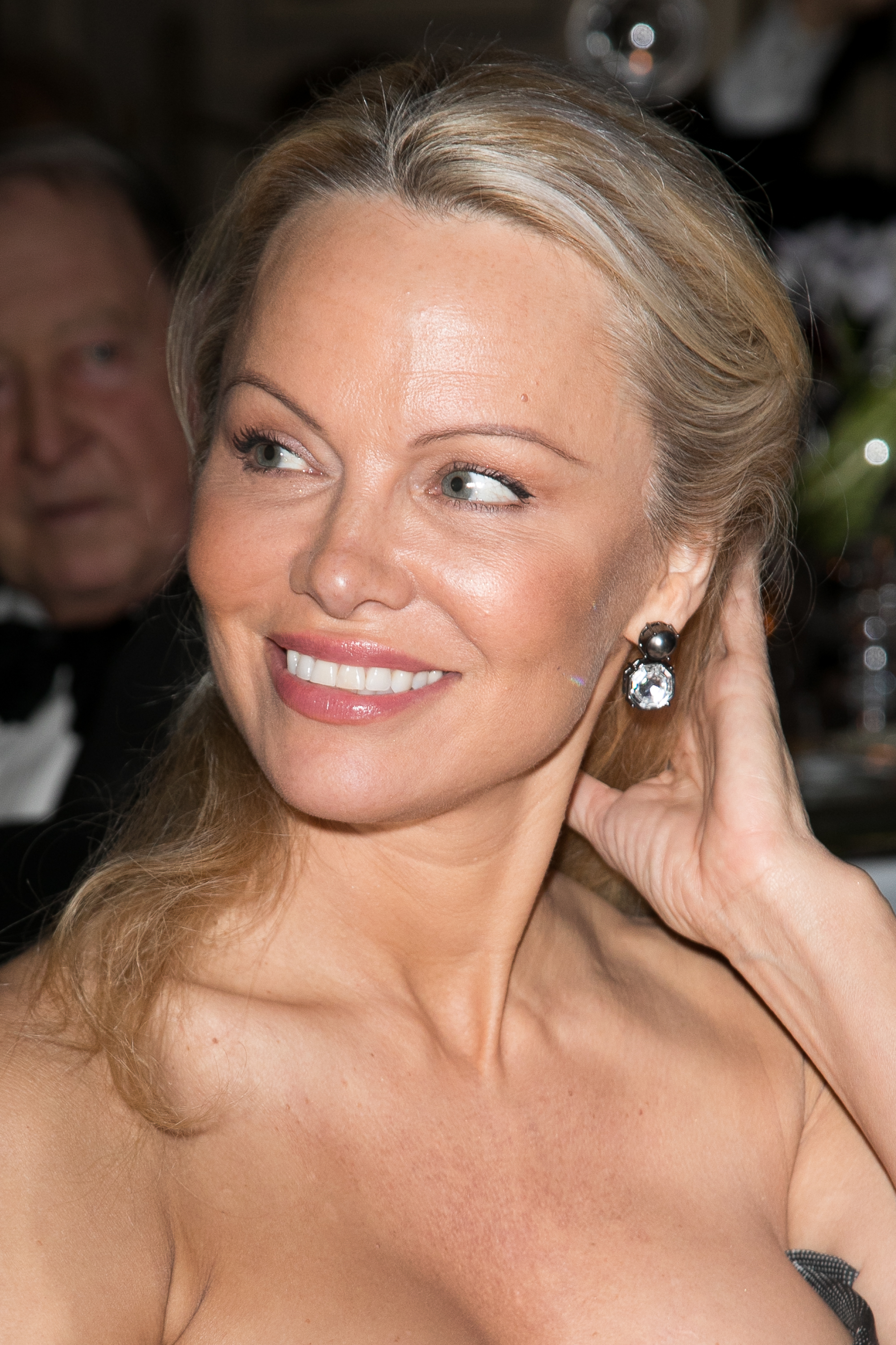 Pam-Anderson-George-V