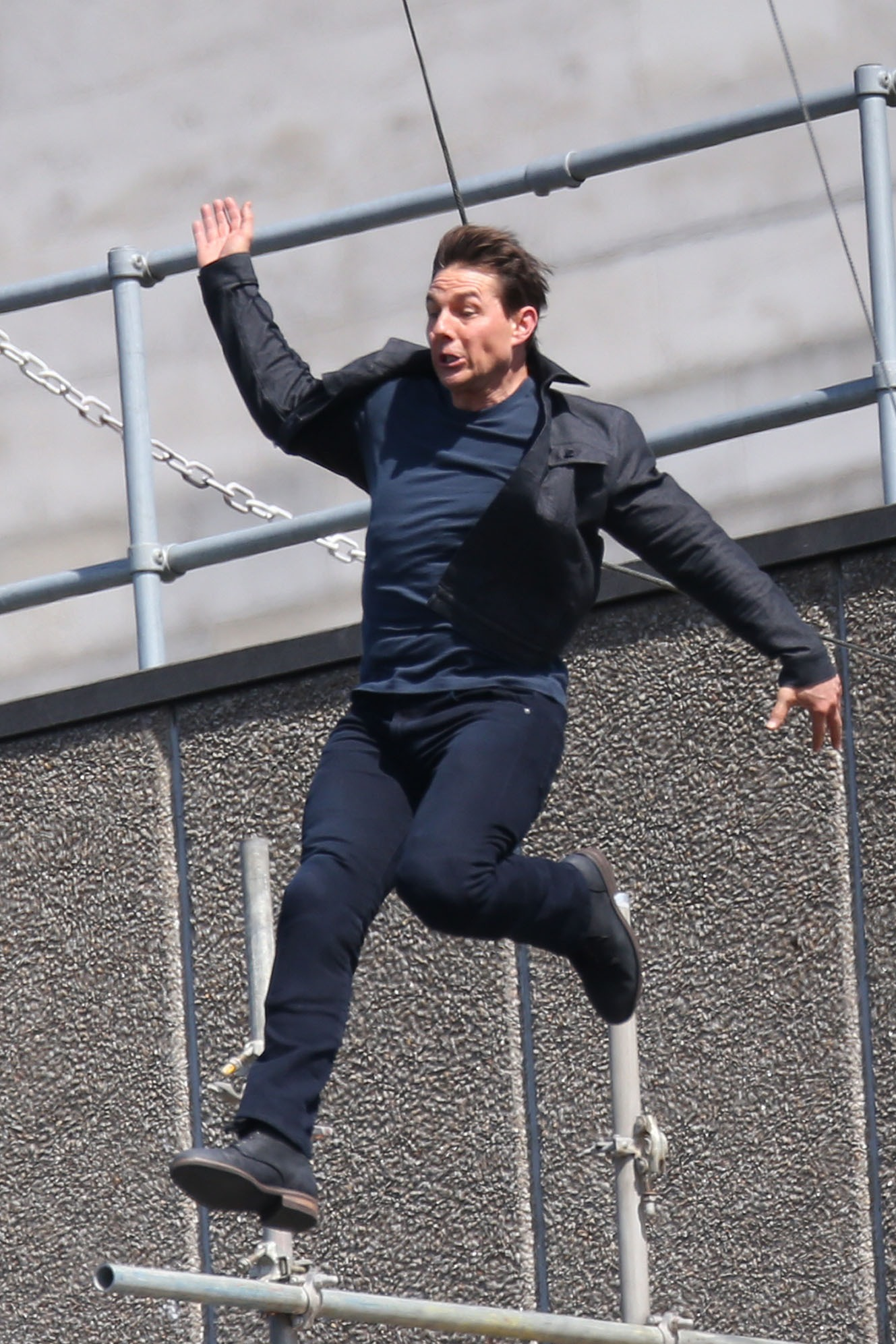 Tom Cruise Mission Impossible Stunt