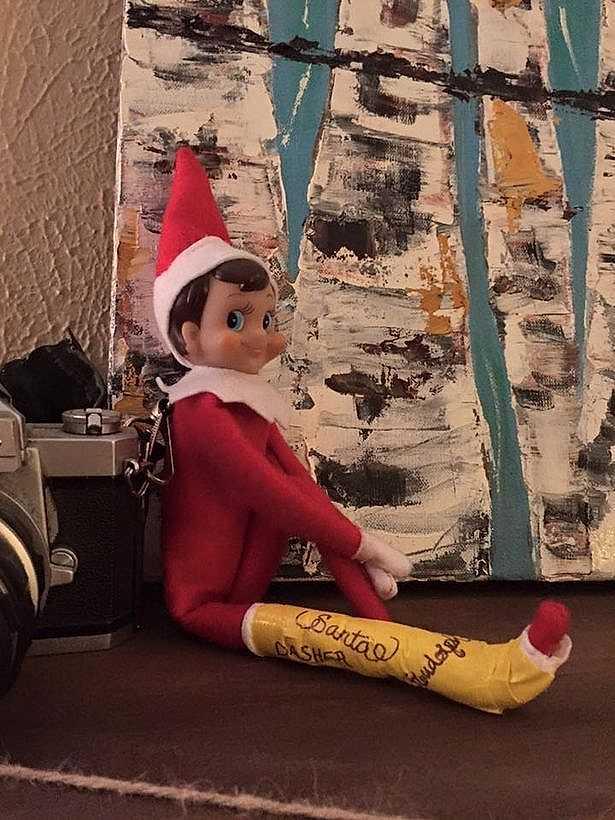 elf on a shelf broken limb