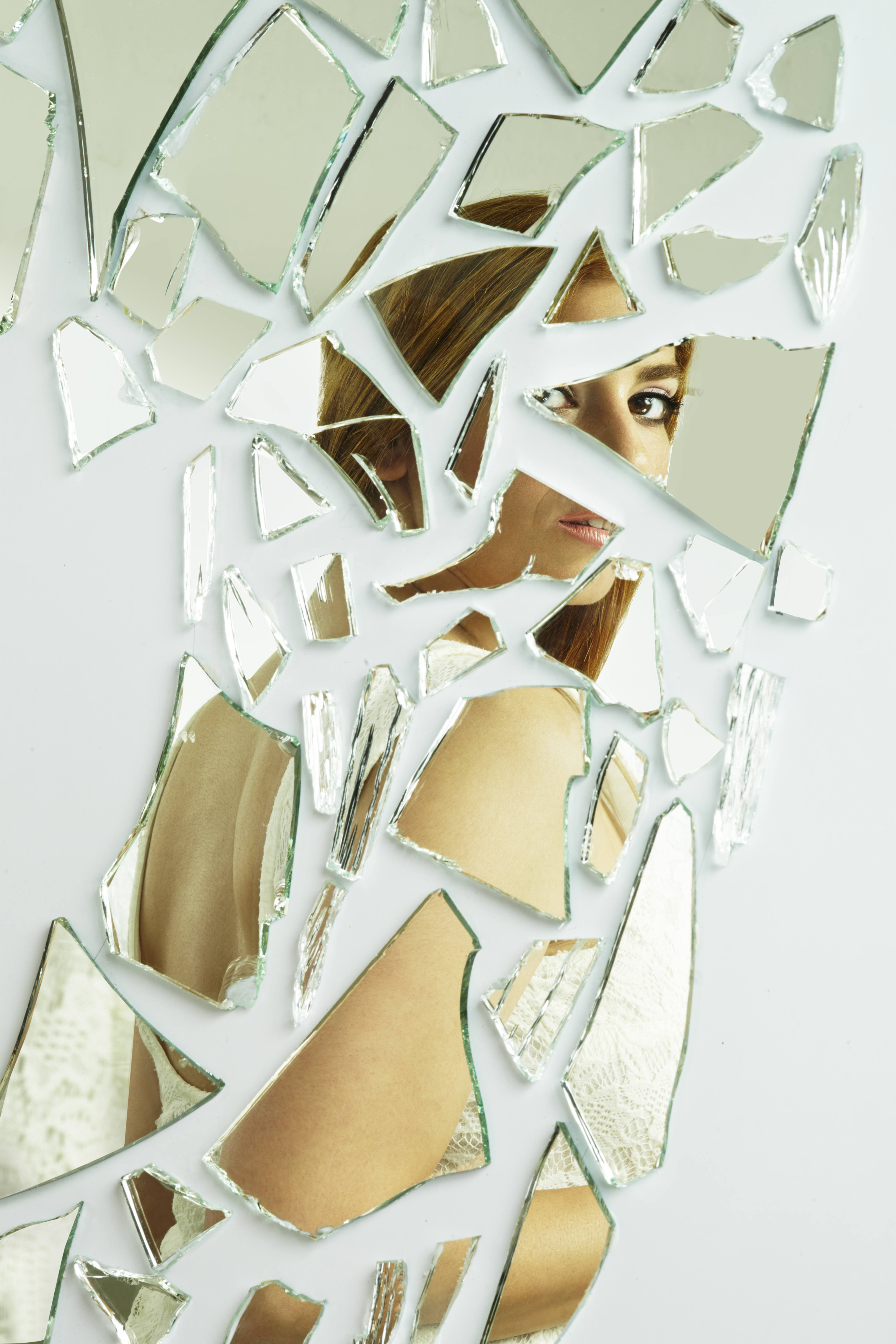 Woman-Upset-In-Mirror