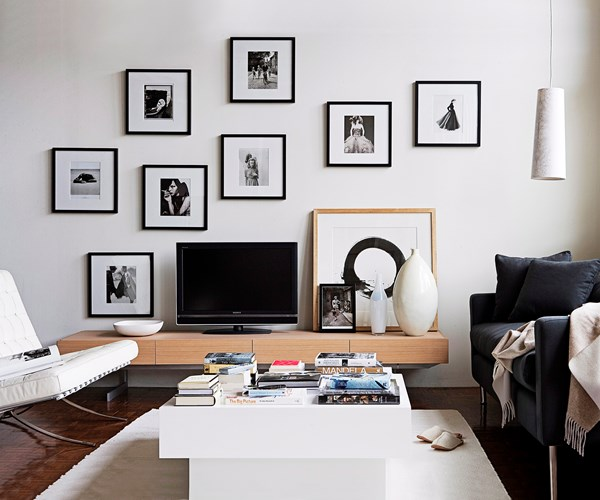 HTL Minimalist Living Room
