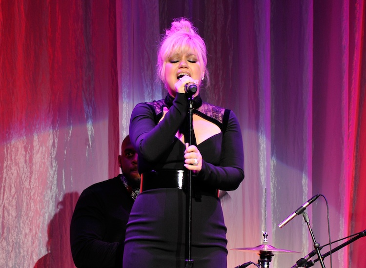 kelly clarkson new hair getty