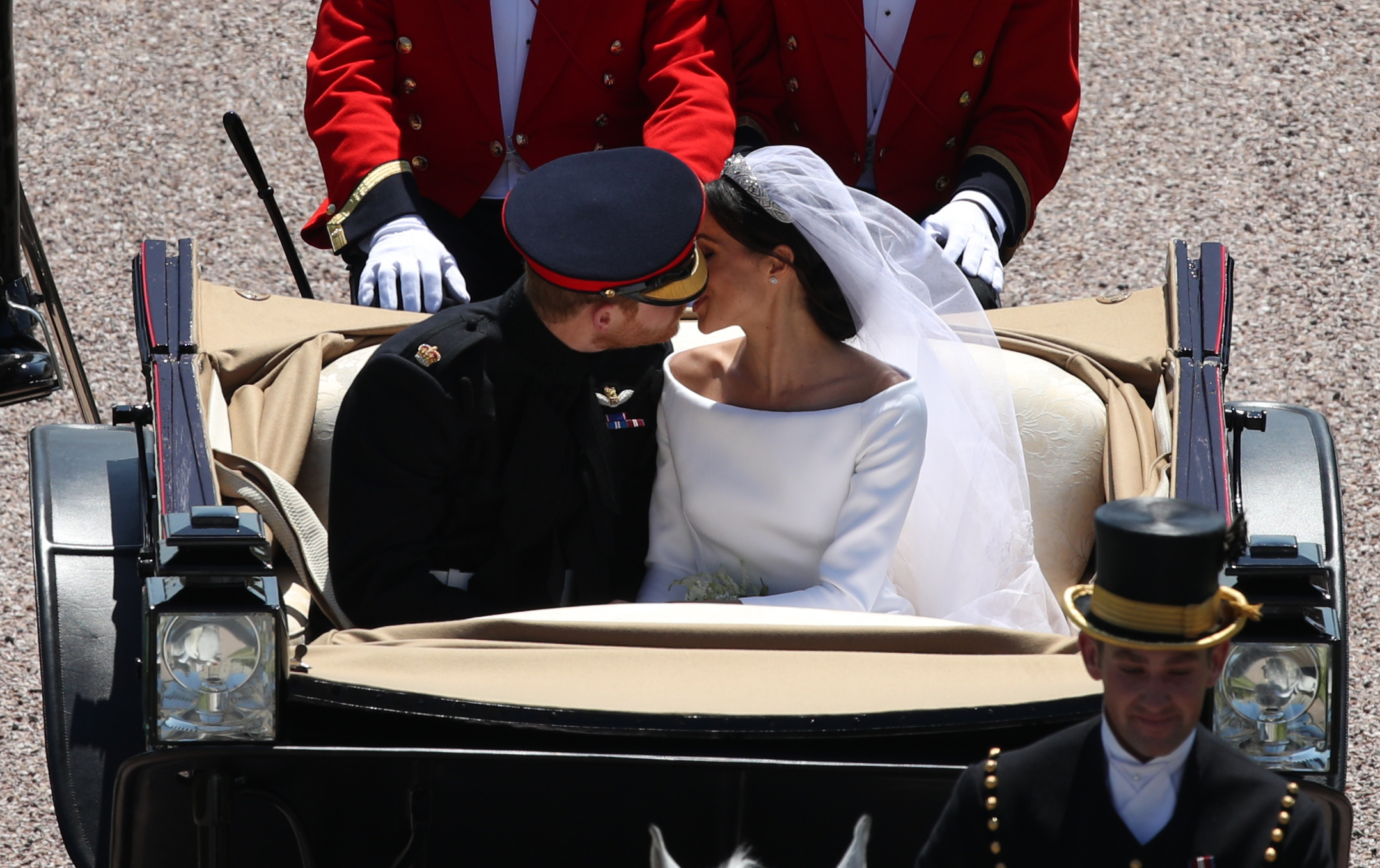 Royal Wedding Carriage Kiss Getty Images