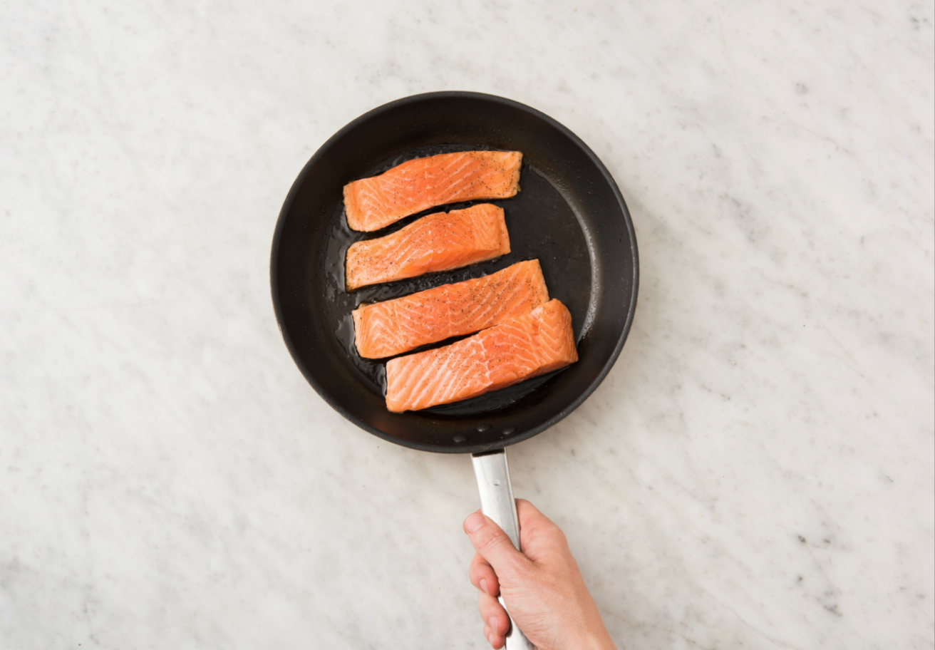 how to reheat cooked salmon