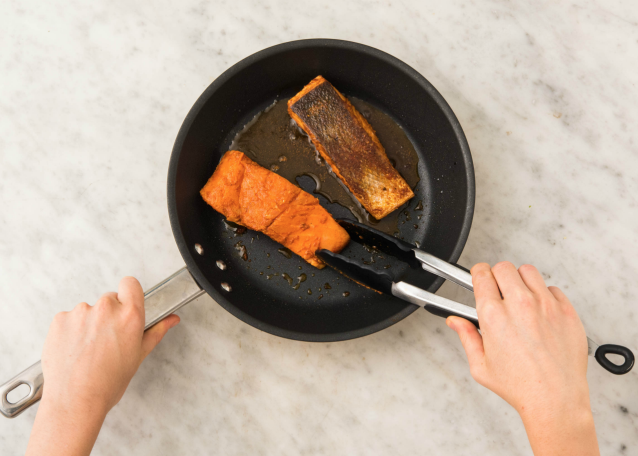 how to reheat salmon without overcooking