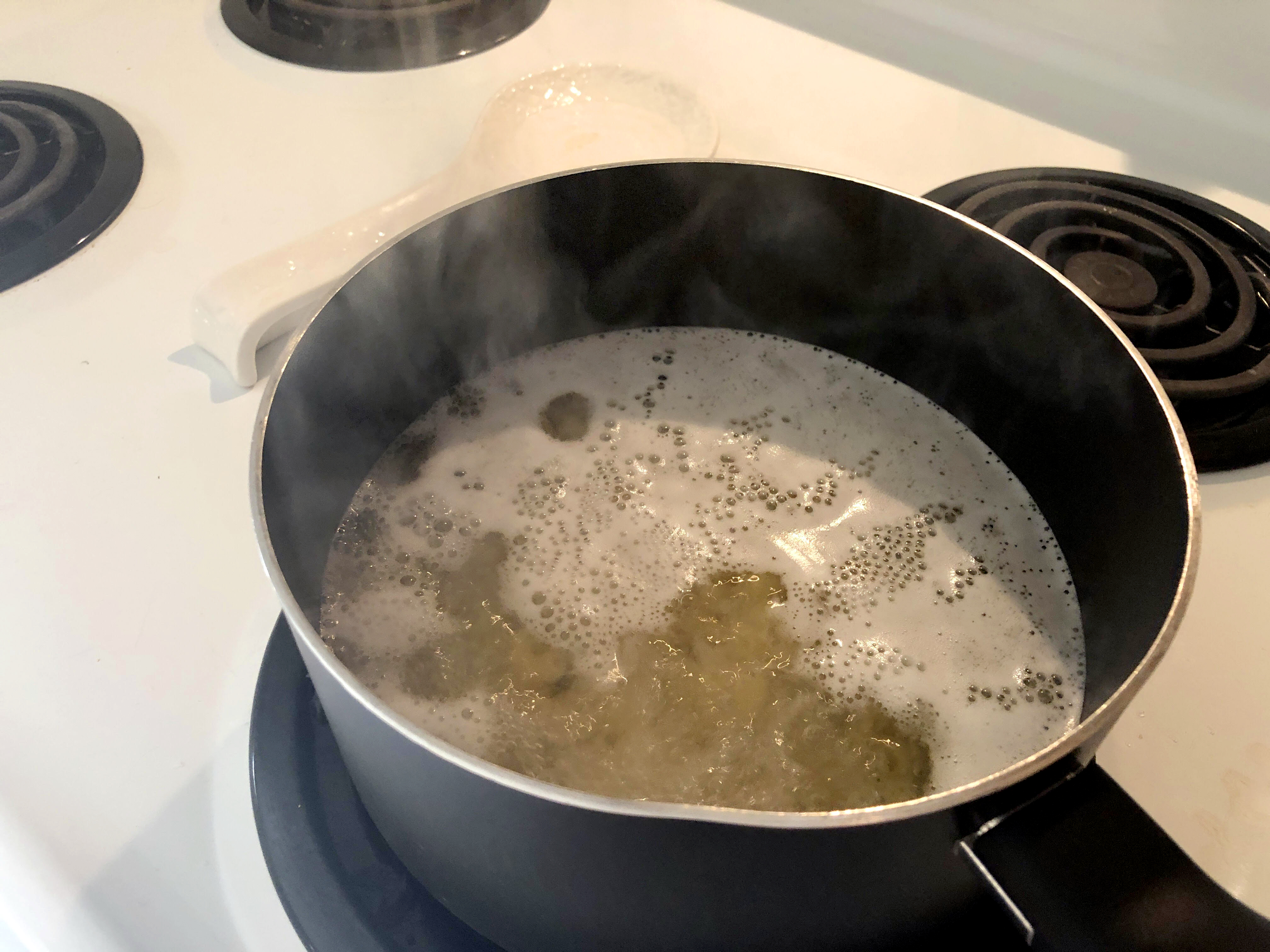 pasta boiling
